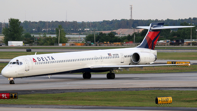 N951DN - McDonnell Douglas MD-90-30 - Delta Air Lines