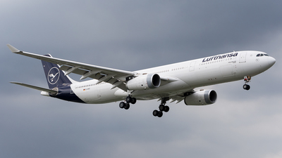 A picture of DAIKO - Airbus A330343 - Lufthansa - © Bawal palitan kupal ka