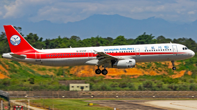 A picture of B6598 - Airbus A321231 - Sichuan Airlines - © zzy020213