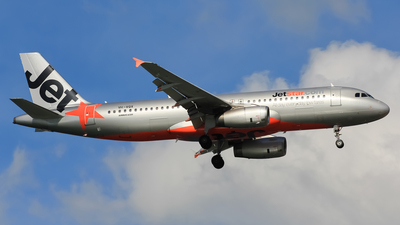 VH-VQX - Airbus A320-232 - Jetstar Airways