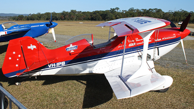 VH-IPB - Pitts S-1SE Special - Paul Bennett Airshows