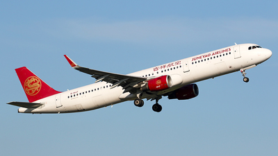 B-1647 - Airbus A321-211 - Juneyao Airlines