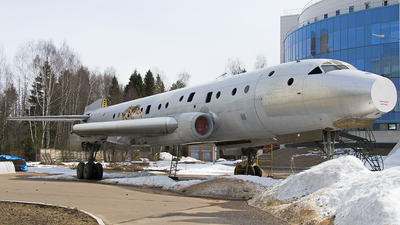 48 - Tupolev Tu-104A - Russia - Air Force