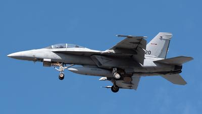 165808 - Boeing F/A-18F Super Hornet - United States - US Navy (USN)