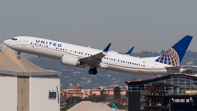 A picture of N37507 - Boeing 737 MAX 9 - United Airlines - © Alejandro Hndez