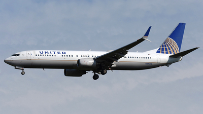 A picture of N39416 - Boeing 737924(ER) - United Airlines - © DJ Reed - OPShots Photo Team