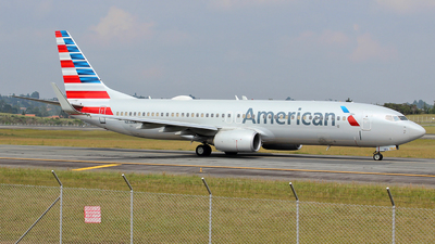 A picture of N818NN - Boeing 737823 - American Airlines - © Carlos Lopez