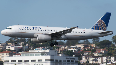 N476UA - Airbus A320-232 - United Airlines