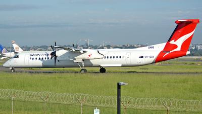 VH-QOX - Bombardier Dash 8-Q402 - QantasLink (Sunstate Airlines)