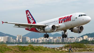 PR-MYM - Airbus A319-112 - TAM Linhas Aéreas