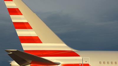 N378AN - Boeing 767-323(ER) - Untitled