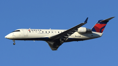 A picture of N8928A - Mitsubishi CRJ200LR - Delta Air Lines - © DJ Reed - OPShots Photo Team