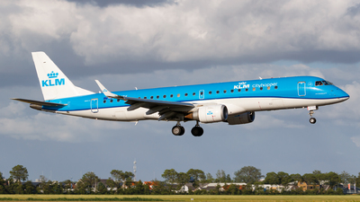 A picture of PHEZK - Embraer E190STD - KLM - © Matteo Lamberts