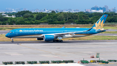 A picture of VNA896 - Airbus A350941 - Vietnam Airlines - © aviation_ken