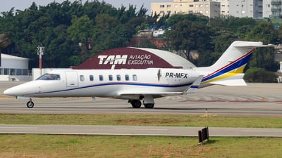 PR-MFX - Bombardier Learjet 40 - Private
