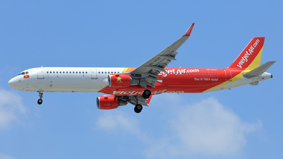 A picture of VNA633 - Airbus A321211 - VietJet Air - © Hao Phan