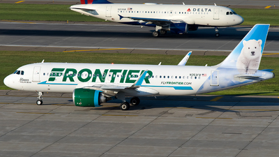A picture of N353FR - Airbus A320251N - Frontier Airlines - © Steve Rinde
