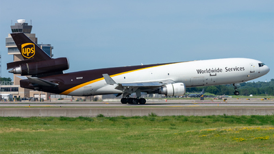 A picture of N259UP - McDonnell Douglas MD11F - UPS Airlines - © Mateo Skinner
