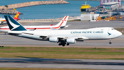 A picture of BLJL - Boeing 747867(F) - Cathay Pacific - © Ka Hung Yue