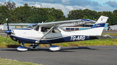 TG-ARG - Cessna T182T Skylane TC - Private