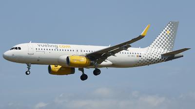 EC-MXG - Airbus A320-232 - Vueling