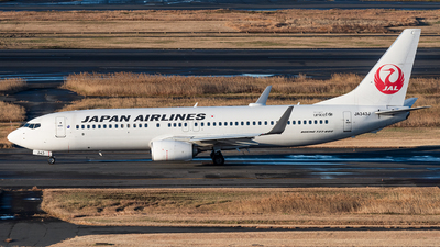 JA343J - Boeing 737-846 - Japan Airlines (JAL)