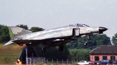 37-05 - McDonnell Douglas F-4F Phantom II - Germany - Air Force