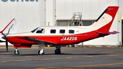 JA4206 - Piper PA-46-350P Malibu Mirage - Private