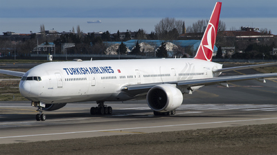 TC-JJZ - Boeing 777-3F2ER - Turkish Airlines