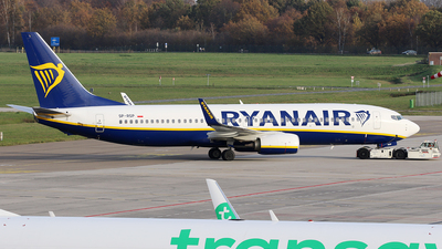 A picture of SPRSP - Boeing 7378AS - Ryanair - © Jeroen Stroes