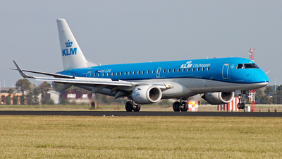 PH-EZB - Embraer 190-100STD - KLM Cityhopper