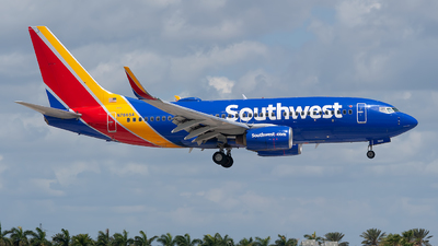 A picture of N7865A - Boeing 7377Q8 - Southwest Airlines - © Mark Lawrence