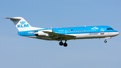 PH-KZD - Fokker 70 - KLM Cityhopper