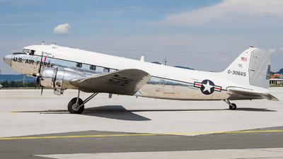 A picture of N47E - Douglas DC3C - [13816] - © David Schilcher