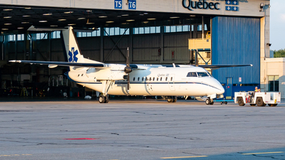 A picture of CGURM - De Havilland Canada Dash 8300 -  - © Romain Bigorgne