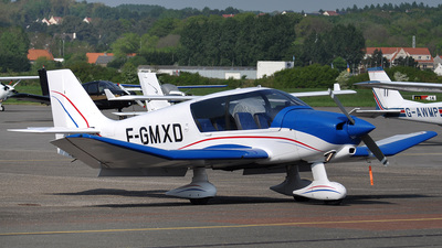F-GMXD - Robin DR400/140B Dauphin - Private