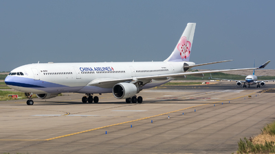 B-18301 - Airbus A330-302 - China Airlines