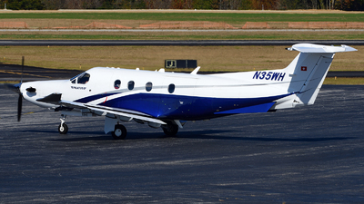 A picture of N35WH - Pilatus PC12/47E - [1546] - © Agustin Anaya
