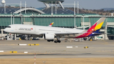 HL7771 - Airbus A350-941 - Asiana Airlines
