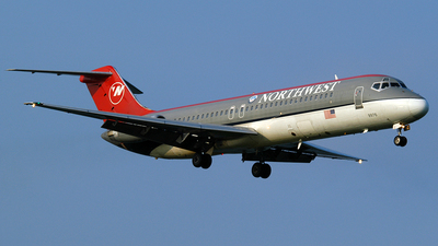 N9340 - McDonnell Douglas DC-9-31 - Northwest Airlines