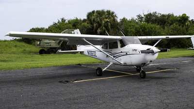 N10632 - Cessna 172R Skyhawk - Private