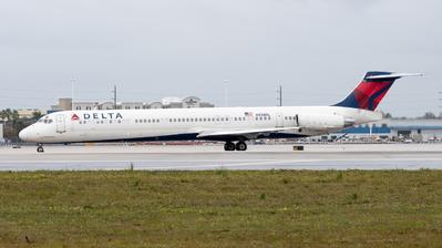 N958DL - McDonnell Douglas MD-88 - Delta Air Lines