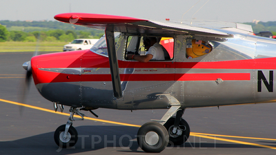A picture of N5709E - Cessna 150 - [17209] - © RyRob