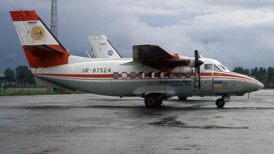 UR-67524 - Let L-410UVP Turbolet - Universal Avia