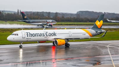 F-WTBI - Airbus A321-211 - Thomas Cook Airlines