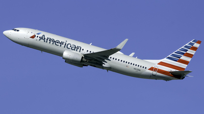 A picture of N812NN - Boeing 737823 - American Airlines - © nicholastoto
