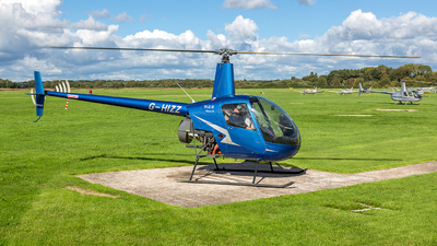 G-HIZZ - Robinson R22 Beta II - Private