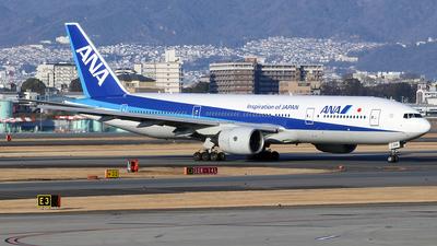 JA704A - Boeing 777-281 - All Nippon Airways (ANA)