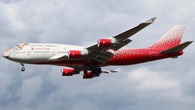 A picture of EIXLD - Boeing 747446 - Rossiya - © Mikhail Tkachuk