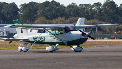 N62457 - Cessna 172S Skyhawk SP - Private